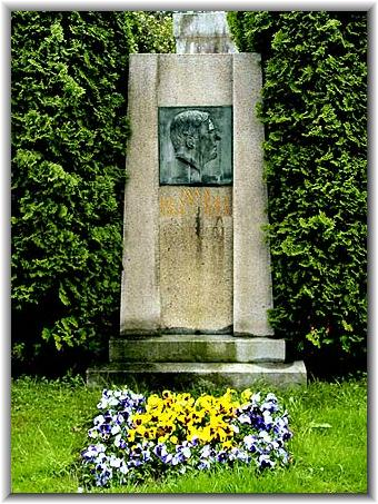 Gustav Karl Balthasar net worth salary